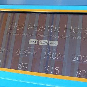 400ポイントを4ドルで購入できます。クレジットカード対応。