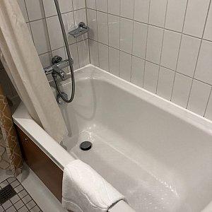 浴槽は水圧もバッチリ
