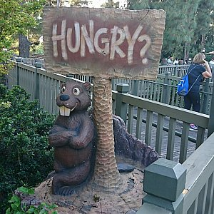クマさん?が入り口で出迎えてくれます。
