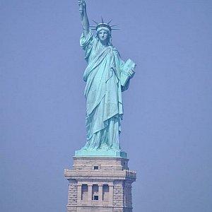 下船日は自由の女神、ニューヨーク現代美術館、ミュージカル鑑賞など短い時間ながら詰め込みであちこちを見て回りました!