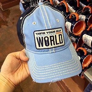 色合いが綺麗な帽子は$24.99。