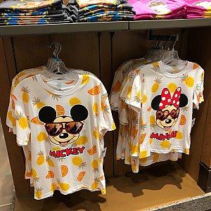 夏っぽいTシャツ 169元