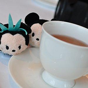 中国茶はポッドで出てくるのでコスパいい!美味しいです。ジャスミンティーがオススメ✨せっかくなのでニューヨークツムと✨