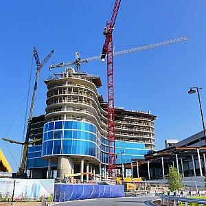 カバナ・ベイホテルの他にも、徒歩でボルケーノ・ベイに行くことができる(であろう)ホテルが建設の真っ最中でした!こちらのAventuraホテルは、2018年夏の完成予定です!