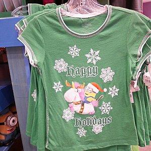 子供用のTシャツ$24.95 一番大きいサイズなら着れそうな気がしました。