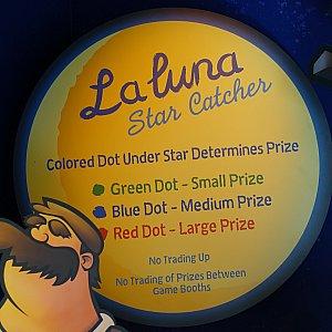 星の裏面のカラーによって、もらえる賞品が違います。